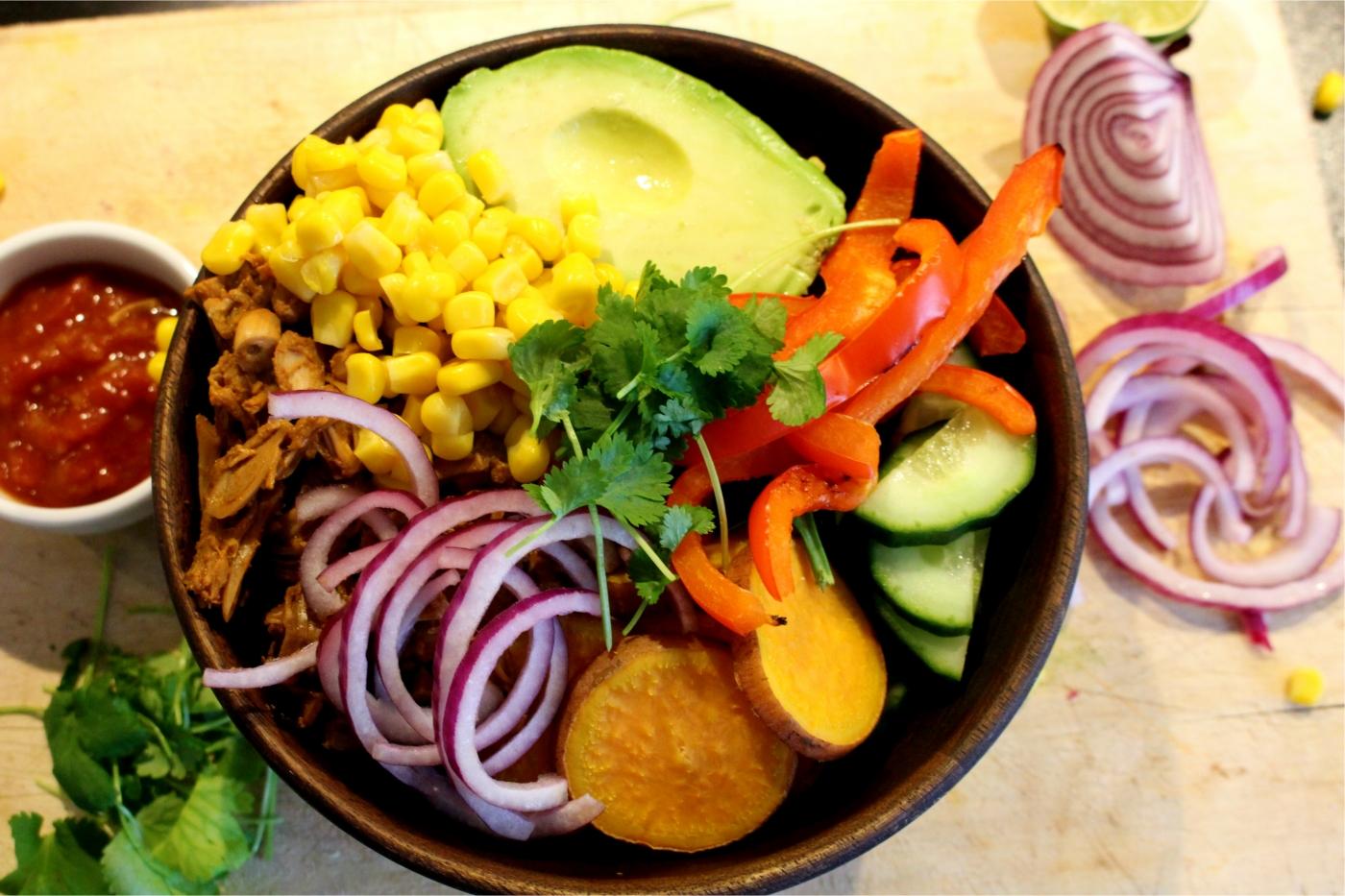Jackfruit taco bowl